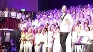 Thousand-Strong Choir Pays Beautiful Tribute to Avicii in Stockholm - Video