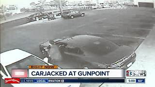 Best Buy worker carjacked at gunpoint - Video
