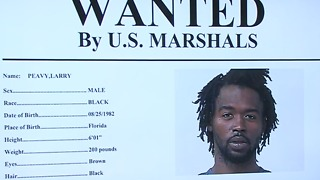 Police searching Fort Pierce for accused killer - Video