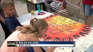 WI eclipse viewing party at American Science and Surplus - Video