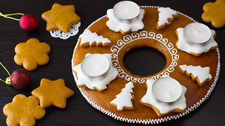 How to Make a Gingerbread Advent Wreath - Video
