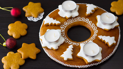 How to Make a Gingerbread Advent Wreath