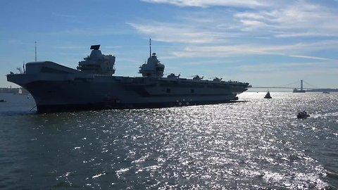 Aircraft carrier HMS Queen Elizabeth arrives in NYC for first US visit
