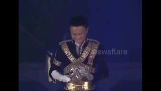 Alibaba CEO dances to Michael Jackson during annual party - Video