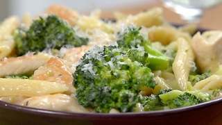 One-Pot Chicken Alfredo - Video