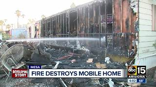 Fire destroys mobile home in Mesa - Video