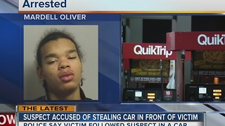 Suspect allegedly steals car parked at QuikTrip - Video