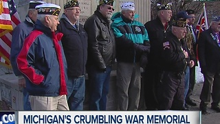 Veterans trying to fix crumbling memorial - Video