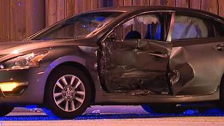 Chase overnight in Cleveland ends in a crash and arrest - Video