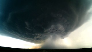 Thunder Dome: Storm Chaser Captures Supercell Timelapse - Video