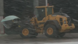 Slick roads cause drivers to be cautious - Video