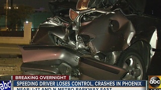Speeding driver loses control, crashes in Phoenix - Video