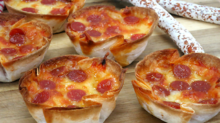 How to make mini pizza boats - Video