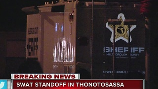 SWAT standoff in Thonotosassa, man arrested - Video