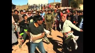 MASSIVE Bolivian Punch Up - Video