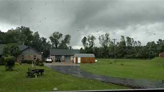 'There's a Tornado Behind Your House,' Man Warns as Twister Approaches Avon - Video