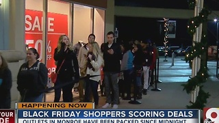 Shoppers up bright and early at Monroe outlets - Video
