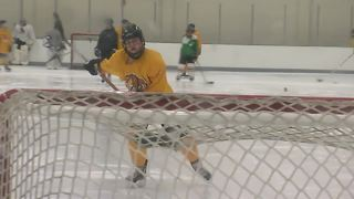 Super 7: Clarence hockey player Emma Faso - Video