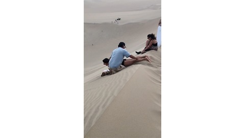 Incredibly funny Sandboarding fail....watch till the end