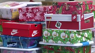 De Pere church collects donations for Operation Christmas Child
