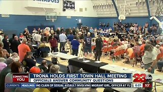 Earthquake Aftermath: Trona holds first town hall meeting