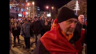 Thousands March to Demand Resignation of Macedonian Government Over Planned Name Change - Video
