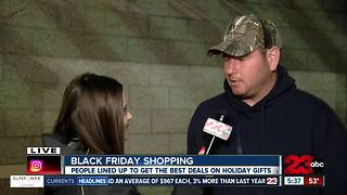 Best Buy sees a line as Black Friday shoppers wait to get deals on TVs and laptops - Video