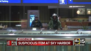 Authorities investigating unattended bag found at Sky Harbor - Video