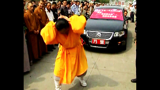 Kung Fu Hair Pull - Video