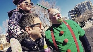 Father Talks His Way on to a St. Patrick's Day Float - Video