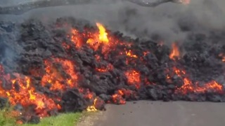 Residents Return to Retrieve Items in Lava-Ravaged Hawaiian Neighborhood - Video