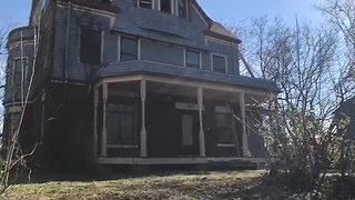 City works to tackle dangerous building list, demolish hundreds of structures - Video