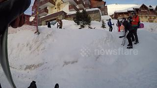 Walking off the ski slope FAIL - Video