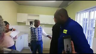 SOUTH AFRICA - Cape Town -First transitional housing project (Video) (oNL)