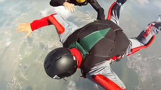 Skydive Goes Wrong - Video