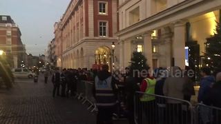 Apples fans wait outside London store for iPhone X - Video