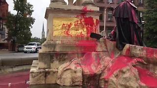 Francis Scott Key statue vandalized in Baltimore - Video