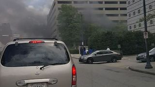 Fire Breaks Out at Clinic Parking Deck in Birmingham, Alabama - Video