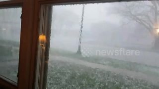 Golf-ball-sized hail pummels town in Iowa - Video