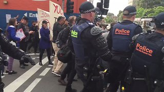 Police Separate Protesters Outside Milo Yiannopoulos Event in Melbourne