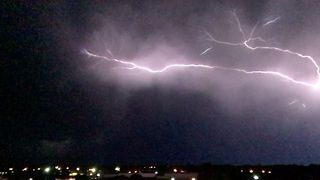 Spectacular Video Shows Lightning Storm Over Norman, Oklahoma - Video