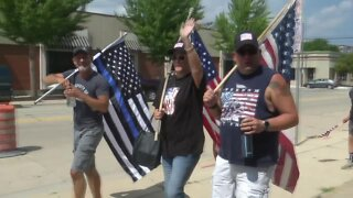 """Back the Blue"" supporters rally around Green Bay Police Department"