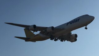 Boeing 747 landing at Incheon airport