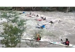Kayakers Brave Rushing Waves Following Record Rainfall in Melbourne - Video