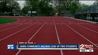 Jenks community mourns the losses of two sisters - Video