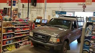 Man intentionally drives truck into Home Depot - Video