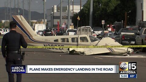 Small plane crash lands on north Phoenix street with two on board