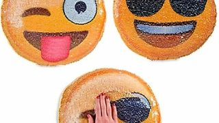 Emoji Pillows Canada - Magen Toys - Video