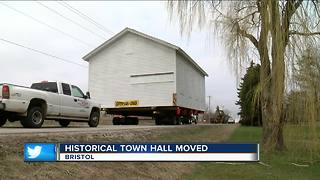 Historical Bristol Town Hall moved - Video