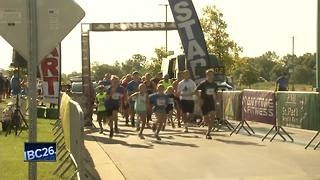 """""""Get Your Rear in Gear 5K"""" raising colon cancer awareness - Video"""